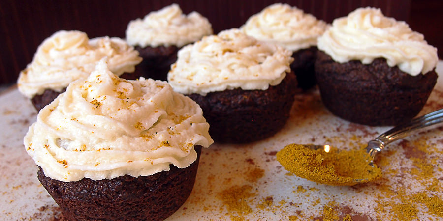 Chocolate Curry Cupcakes - Shared via www.ruled.me